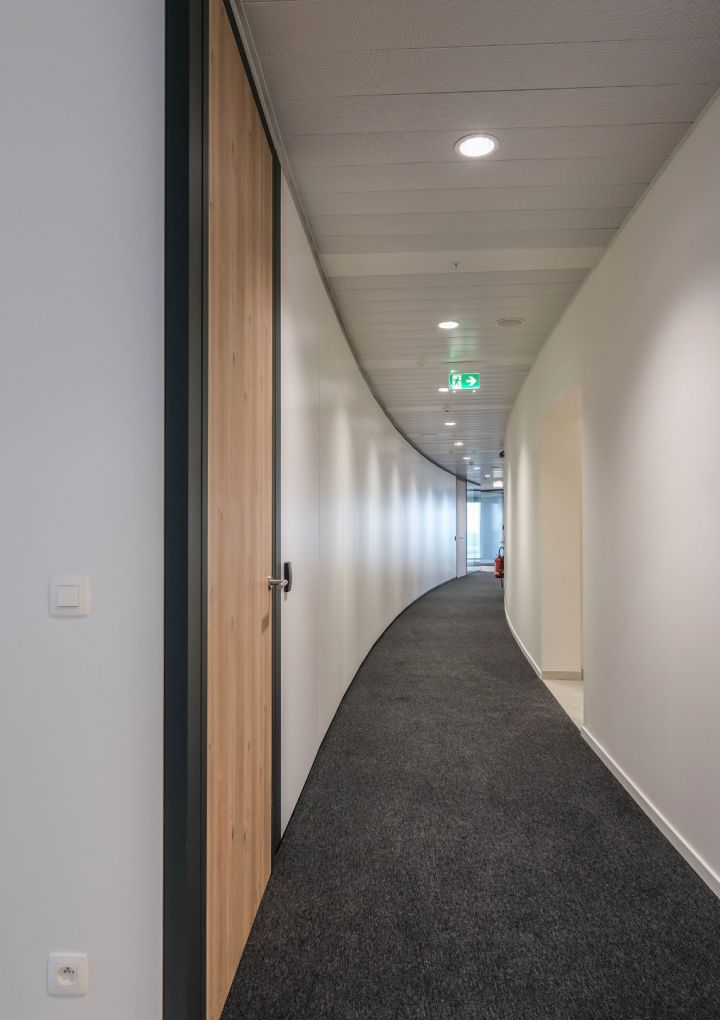 15.000 m² of partitions
